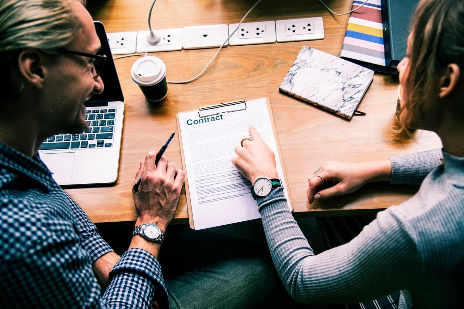 contrato empresas de captación de leads